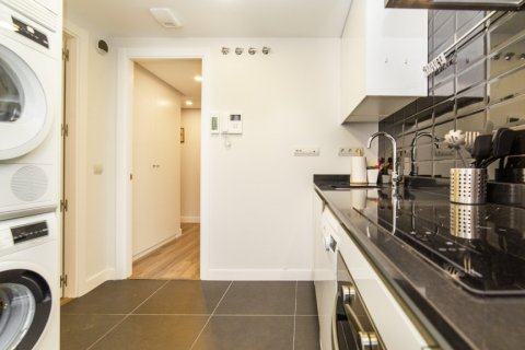 Apartment for sale in Madrid, Spain, 3 bedrooms, 150.00m2, No. 2538 – photo 15