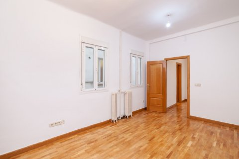 Apartment for rent in Madrid, Spain, 2 bedrooms, 120.00m2, No. 1464 – photo 19