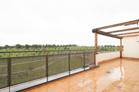 Penthouse for sale in Madrid, Spain, 3 bedrooms, 126.00m2, No. 2556 – photo 3