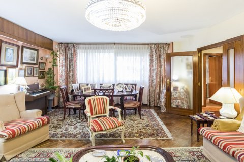 Apartment for sale in Madrid, Spain, 3 bedrooms, 120.00m2, No. 1574 – photo 2