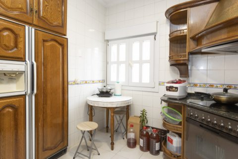 Apartment for sale in Madrid, Spain, 4 bedrooms, 163.00m2, No. 2586 – photo 17