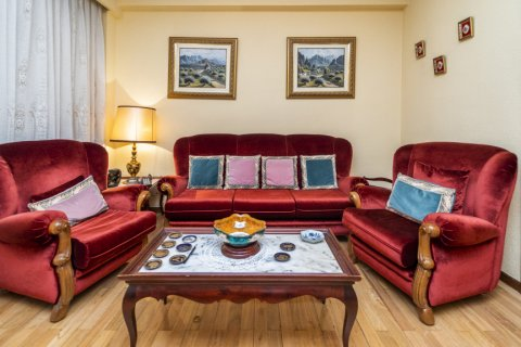 Apartment for sale in Madrid, Spain, 4 bedrooms, 152.00m2, No. 2316 – photo 6