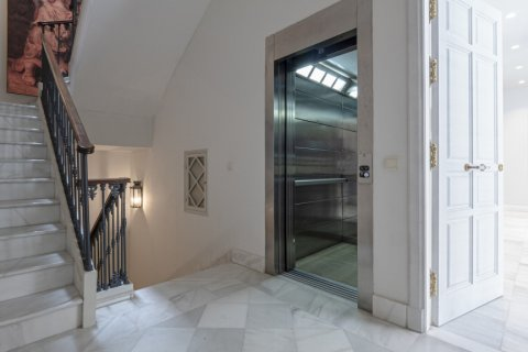 Apartment for sale in Malaga, Spain, 3 bedrooms, 113.00m2, No. 2236 – photo 2