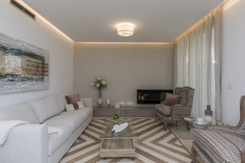 Apartment for sale in El Madronal, Malaga, Spain, 3 bedrooms, 137.06m2, No. 1513 – photo 13