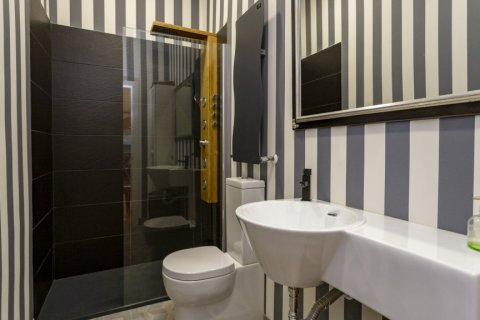 Apartment for sale in Madrid, Spain, 4 bedrooms, 422.00m2, No. 1963 – photo 22
