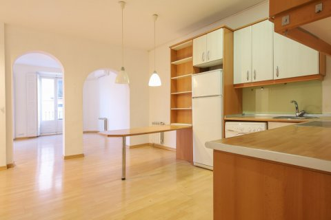 Apartment for sale in Madrid, Spain, 1 bedroom, 83.00m2, No. 2438 – photo 2