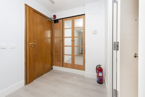 Apartment for sale in Madrid, Spain, 4 bedrooms, 218.00m2, No. 2124 – photo 27