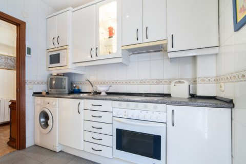 Apartment for sale in Madrid, Spain, 3 bedrooms, 73.00m2, No. 1801 – photo 10