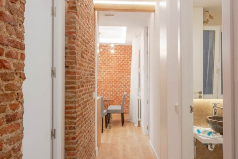 Apartment for sale in Madrid, Spain, 2 bedrooms, 52.00m2, No. 2298 – photo 16