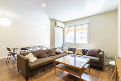 Apartment for sale in Madrid, Spain, 4 bedrooms, 158.00m2, No. 2182 – photo 25