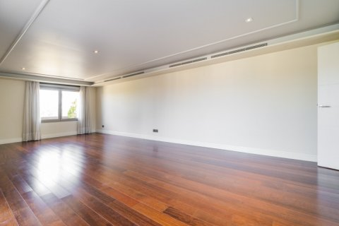 Penthouse for sale in Madrid, Spain, 3 bedrooms, 239.00m2, No. 1699 – photo 28