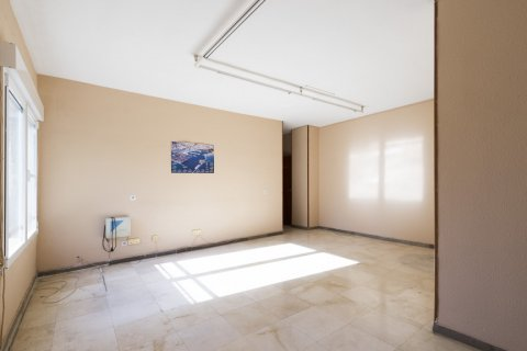 Apartment for sale in Malaga, Spain, 5 bedrooms, 168.00m2, No. 2267 – photo 7