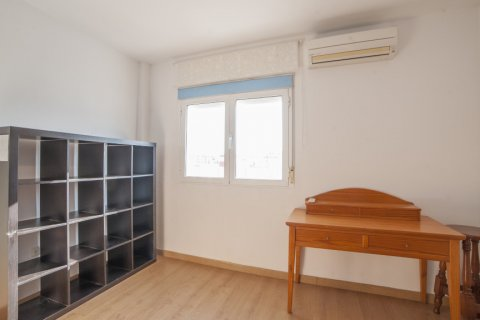 Apartment for sale in Sevilla, Seville, Spain, 5 bedrooms, 123.00m2, No. 2358 – photo 26