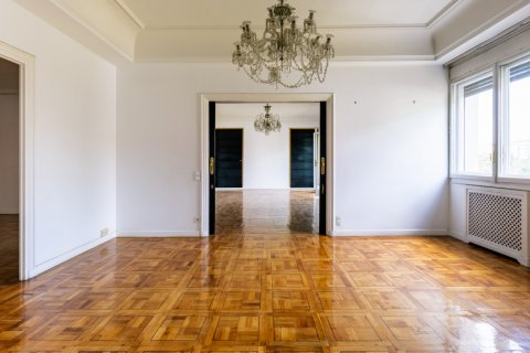 Apartment for sale in Madrid, Spain, 6 bedrooms, 500.00m2, No. 2408 – photo 1
