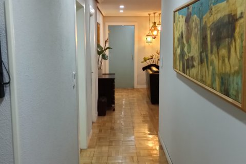 Apartment for rent in Madrid, Spain, 3 bedrooms, 170.00m2, No. 2047 – photo 10