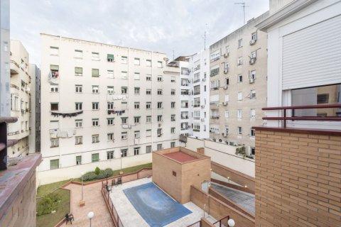 Penthouse for sale in Madrid, Spain, 2 bedrooms, 91.00m2, No. 2113 – photo 7