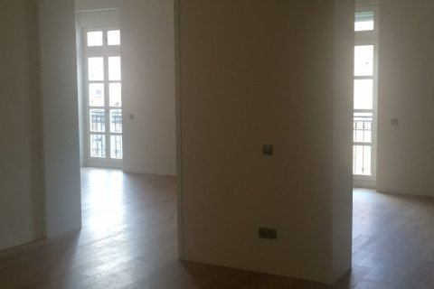 Duplex for rent in Madrid, Spain, 4 bedrooms, 346.00m2, No. 1481 – photo 3
