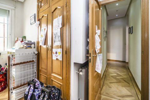 Apartment for sale in Madrid, Spain, 3 bedrooms, 132.00m2, No. 1868 – photo 14