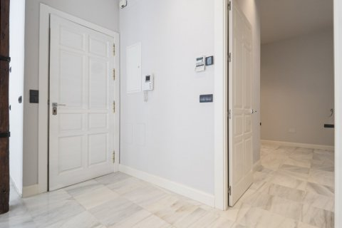 Apartment for sale in Malaga, Spain, 3 bedrooms, 113.00m2, No. 2236 – photo 3