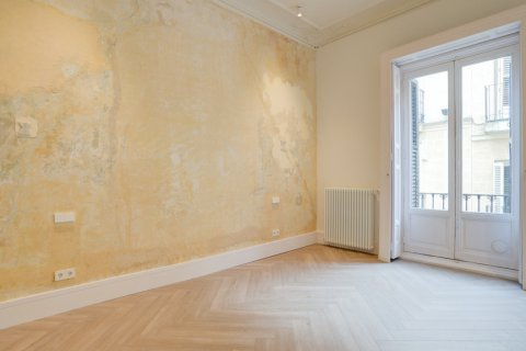 Apartment for sale in Madrid, Spain, 3 bedrooms, 185.00m2, No. 2098 – photo 13