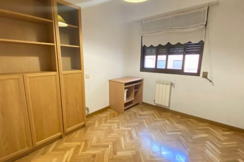 Apartment for rent in Madrid, Spain, 2 bedrooms, 72.00m2, No. 1685 – photo 16