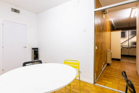Apartment for sale in Madrid, Spain, 5 bedrooms, 293.00m2, No. 2736 – photo 8