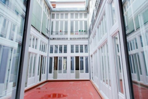 Apartment for sale in Madrid, Spain, 6 bedrooms, 565.00m2, No. 1486 – photo 26