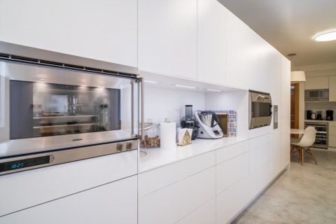 Apartment for sale in Madrid, Spain, 5 bedrooms, 384.00m2, No. 2372 – photo 18