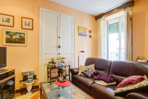 Apartment for sale in Madrid, Spain, 6 bedrooms, 219.00m2, No. 2357 – photo 12