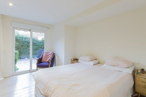 Apartment for sale in Madrid, Spain, 4 bedrooms, 330.00m2, No. 2353 – photo 14