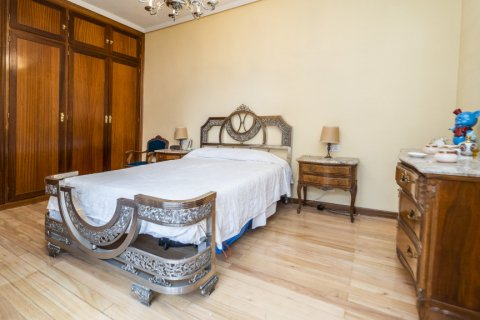 Apartment for sale in Madrid, Spain, 4 bedrooms, 152.00m2, No. 2316 – photo 9