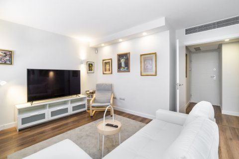 Apartment for sale in Madrid, Spain, 3 bedrooms, 150.00m2, No. 2538 – photo 2