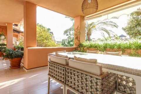 Apartment for sale in Atalaya-Isdabe, Malaga, Spain, 3 bedrooms, 153.00m2, No. 1629 – photo 1