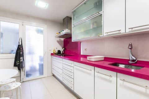 Apartment for sale in Madrid, Spain, 4 bedrooms, 158.00m2, No. 2182 – photo 16