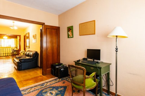 Apartment for sale in Madrid, Spain, 6 bedrooms, 355.00m2, No. 2376 – photo 28