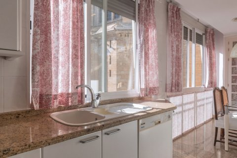 Apartment for sale in Malaga, Spain, 3 bedrooms, 229.00m2, No. 2351 – photo 13