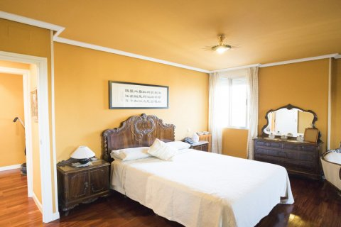 Apartment for sale in Madrid, Spain, 3 bedrooms, 152.00m2, No. 1566 – photo 11
