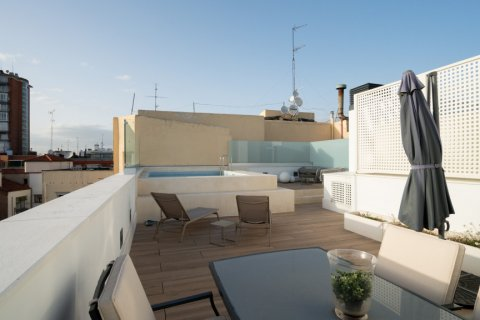 Duplex for sale in Madrid, Spain, 2 bedrooms, 141.01m2, No. 2023 – photo 3