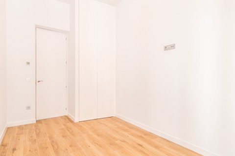 Apartment for sale in Madrid, Spain, 3 bedrooms, 139.00m2, No. 2700 – photo 15
