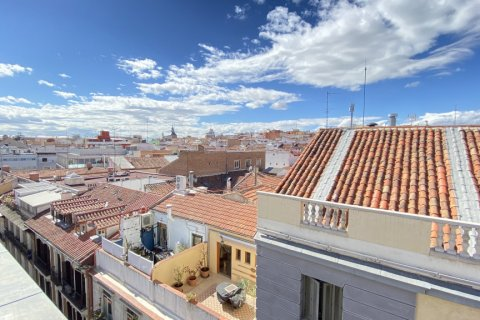 Penthouse for rent in Madrid, Spain, 3 bedrooms, 250.00m2, No. 2717 – photo 25