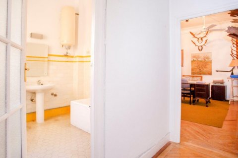 Apartment for sale in Madrid, Spain, 4 bedrooms, 205.00m2, No. 1504 – photo 17