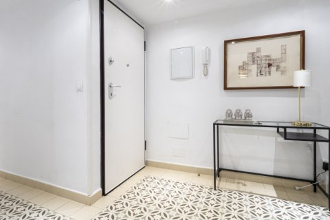 Apartment for sale in Malaga, Spain, 4 bedrooms, 113.00m2, No. 2321 – photo 1