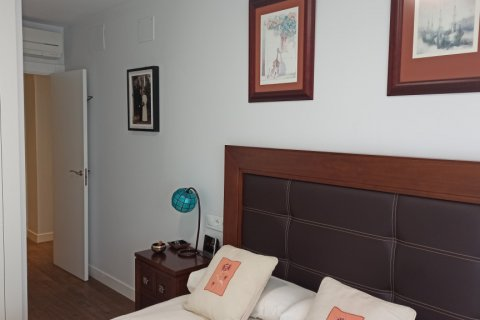 Apartment for rent in Madrid, Spain, 4 bedrooms, 185.00m2, No. 2456 – photo 12