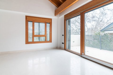 Duplex for sale in Madrid, Spain, 4 bedrooms, 220.46m2, No. 1975 – photo 13
