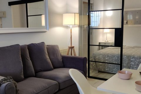 Apartment for sale in Madrid, Spain, 1 bedroom, 32.00m2, No. 1599 – photo 3