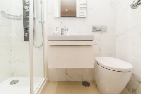 Apartment for sale in Madrid, Spain, 3 bedrooms, 322.00m2, No. 2564 – photo 21
