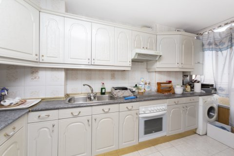 Apartment for sale in Madrid, Spain, 3 bedrooms, 90.00m2, No. 2414 – photo 22