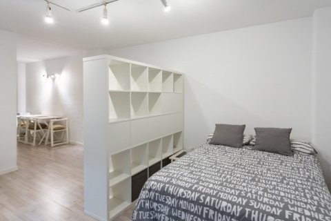 Apartment for sale in Madrid, Spain, 1 bedroom, 47.00m2, No. 2337 – photo 11