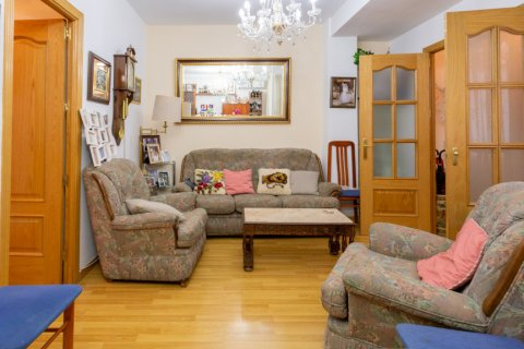 Apartment for sale in Madrid, Spain, 2 bedrooms, 72.00m2, No. 2673 – photo 3