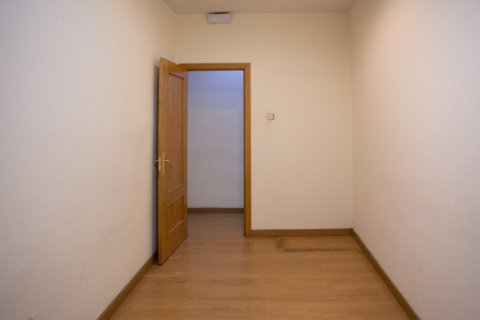 Apartment for sale in Madrid, Spain, 3 bedrooms, 120.00m2, No. 2439 – photo 15